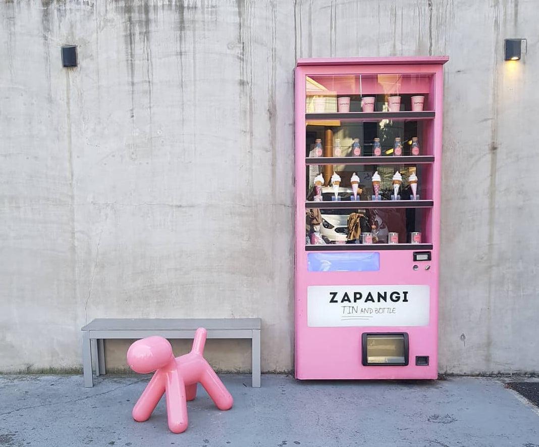 Zapangi Café (자판기) – The Pink Vending Machine Café - KoreaTravelPost