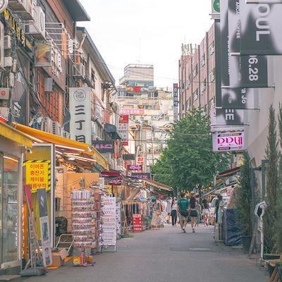 Hongdae Shopping Street seoul shopping guide
