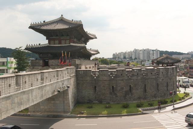 Hwaseong Fortress must-visit Seoul spots