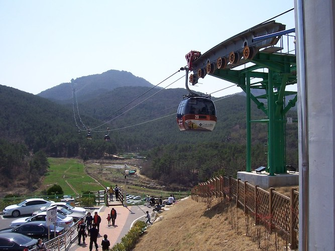 """""""Tongyeong"""" by welix is licensed under CC BY 2.0"""